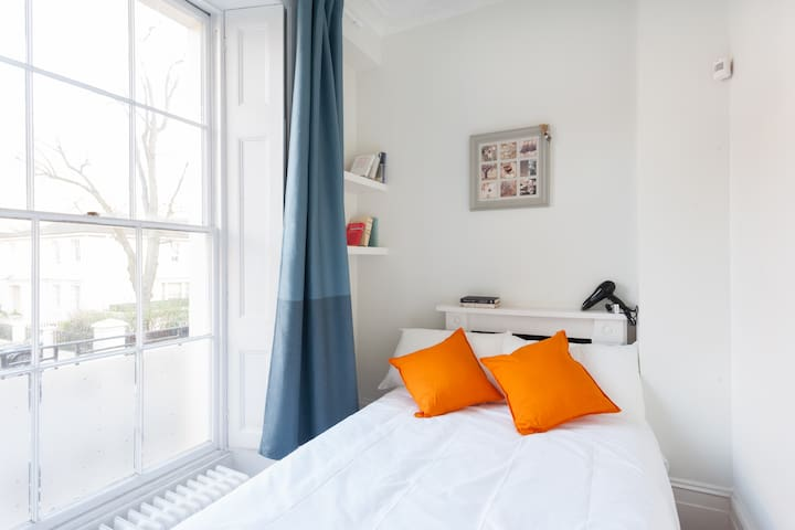 Gorgeous Double Room Next to the Regent's Park