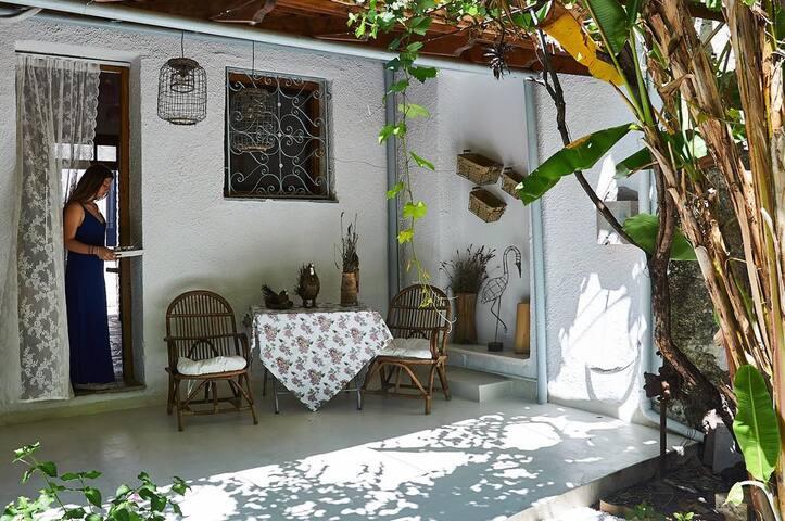 Azure Home, Seaside Comfort