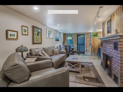 Pitkin House Vacation Rental