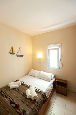 LEVANTES Studio, 100m from the beach - Heraklion