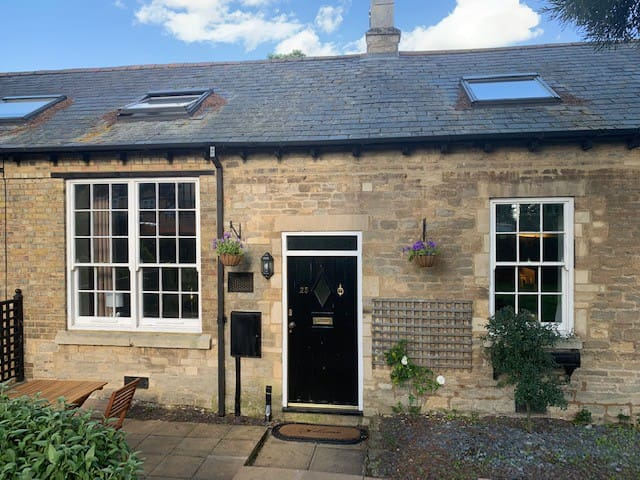 The Old British School House, sleeps 4.  Central.