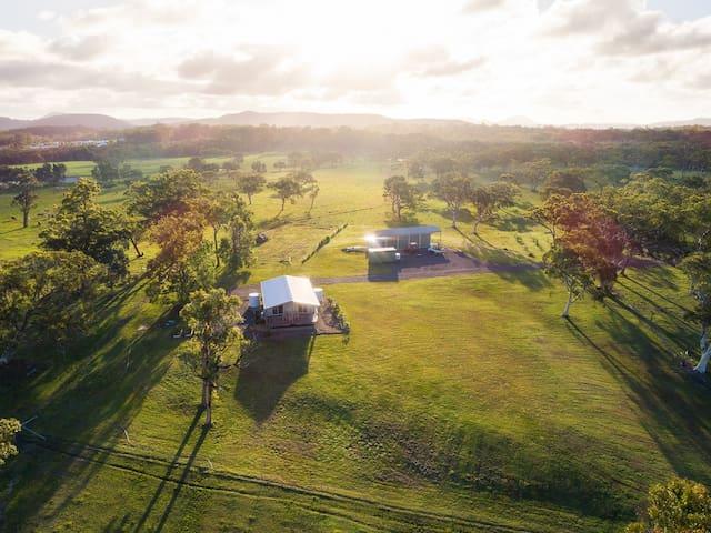 Farmstay - a rural beachside getaway!
