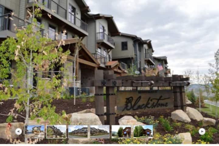 Park City Ski Resort Townhouse w/ private hot tub