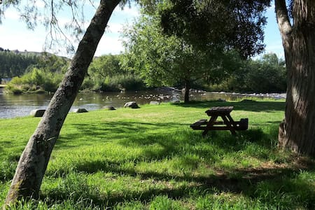 Soothing riverside privacy. - Manunui - Tent