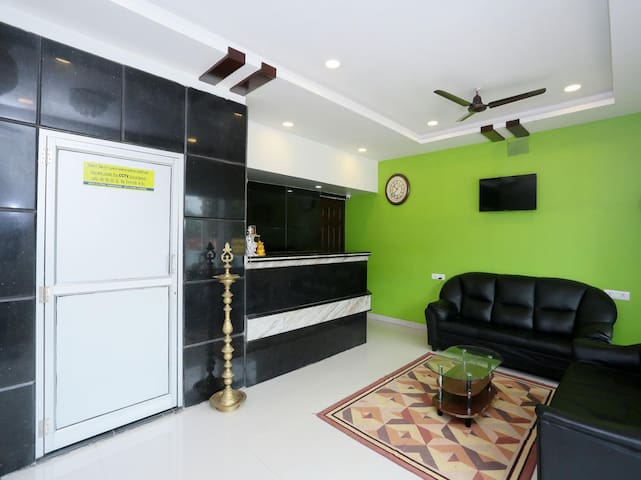 Ac room with garden and a shared lounge