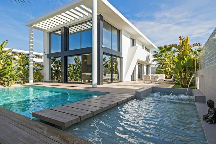 Villa de 3 habitaciones en San Fulgencio, con piscina privada, jardín cerrado y WiFi - a 6 km de la playa