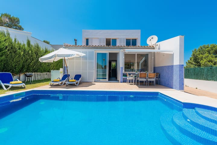 DOMUS GENTI - Villa for 6 people in Son Serra De Marina.