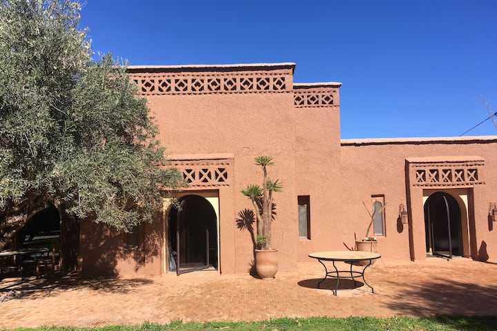 Pisé villa on the outskirts of Marrakech