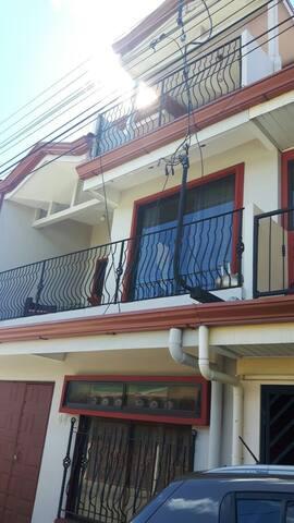 Alajuela Apartamento, 5 minutos del Aeropuerto SJO
