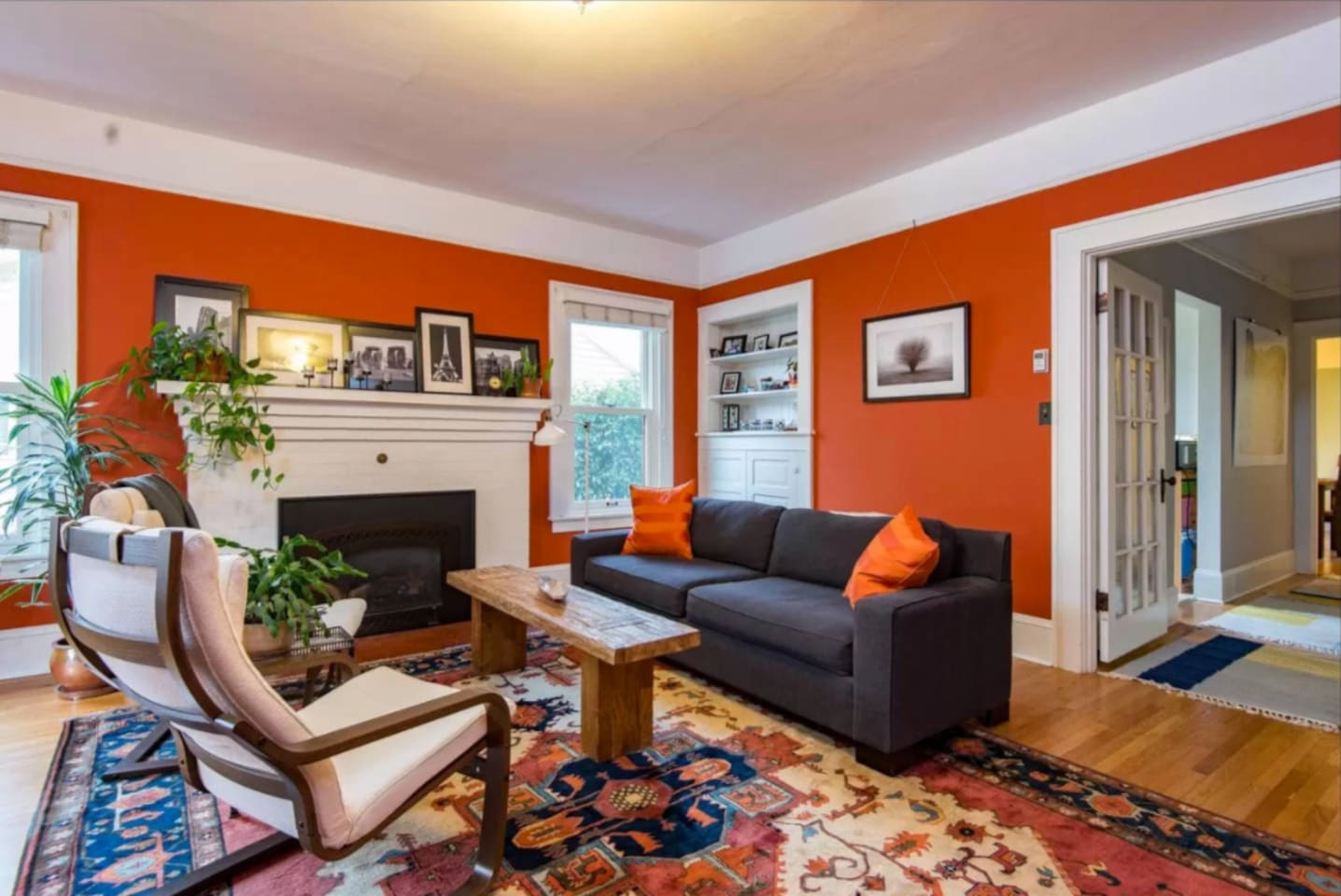Comfortable living room with gas fireplace.
