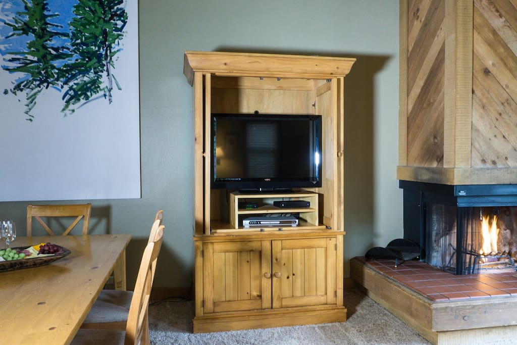 Fireplace,Hearth,Entertainment Center,Indoors,Room