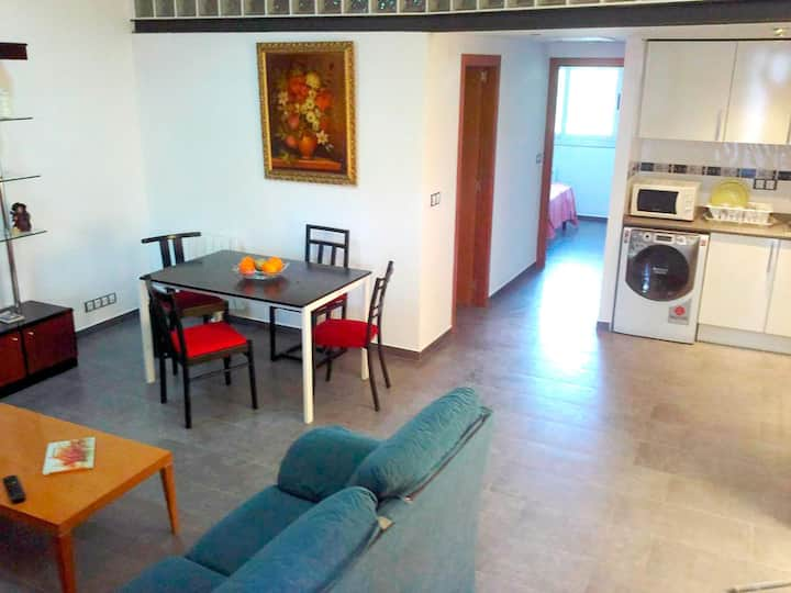 Apartment in Girona Montjuïc A6 for 6 people