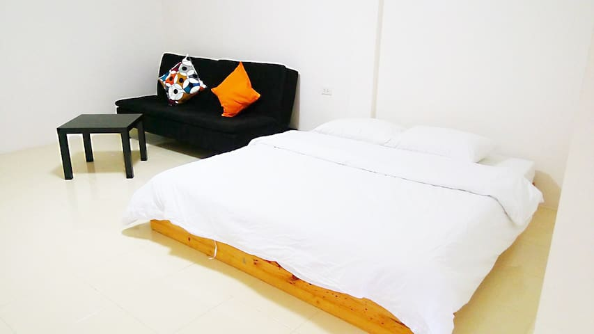 LANRADA 5th floor near Khaosan Rd. - Bangkok - Apartment