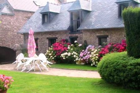 Jolie maison avec jardin & terrasse