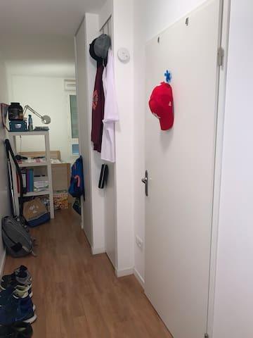 Appartement 18m2 entier équipé et meublé