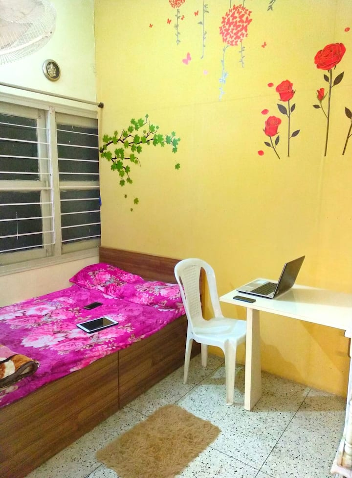 1 separate room near to Patna Airport 1.3km