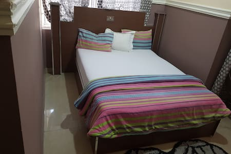 Private Room in Koforidua (2)