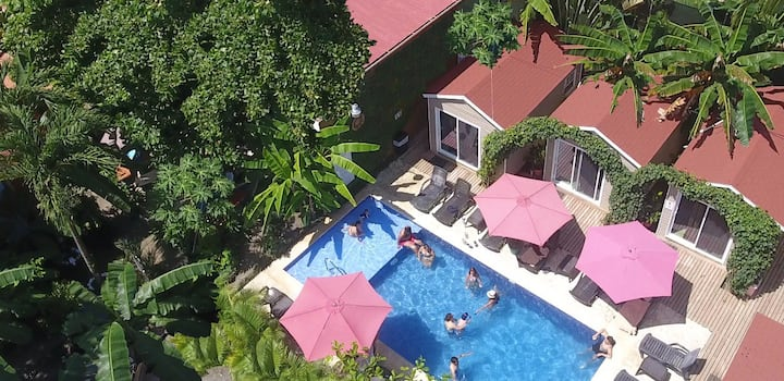 Jaco Lodge - Hab. Doble King (Piscina)+Beach Club