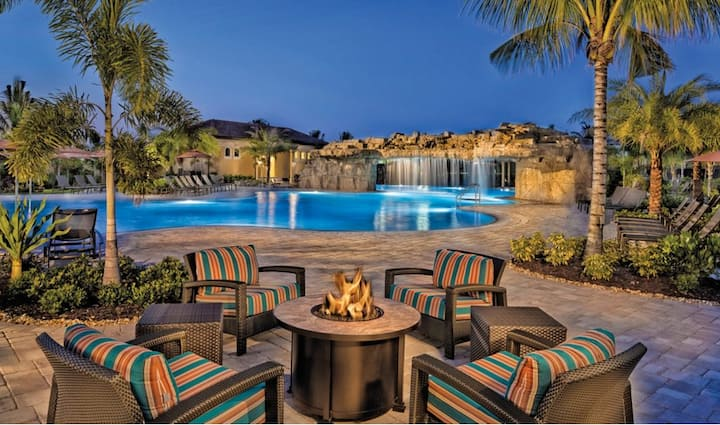 Luxury Awaits In Our 2 Bed 2 Bath Bonita National