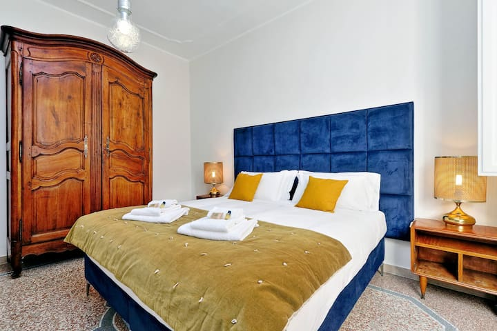 Rome Unique Dante Colosseum 3 bedroom - Roma - Daire