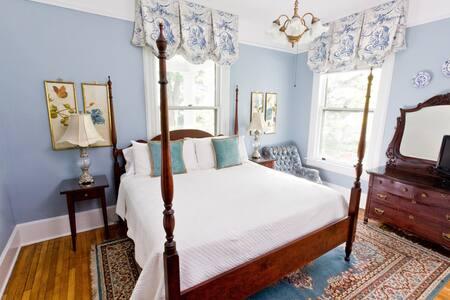 True Asheville B&B- Chestnut Hill Room- 1st Floor - アシュビル - B&B/民宿/ペンション