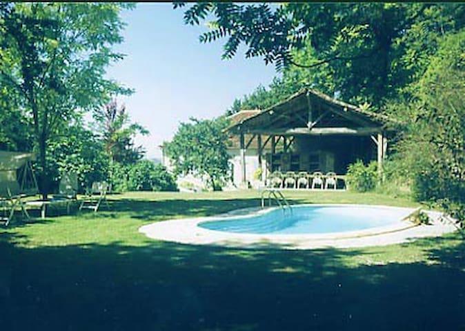 La Petite Maison - Tréjouls - House