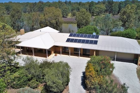 The Sanctuary - Corowa - Murray River Property