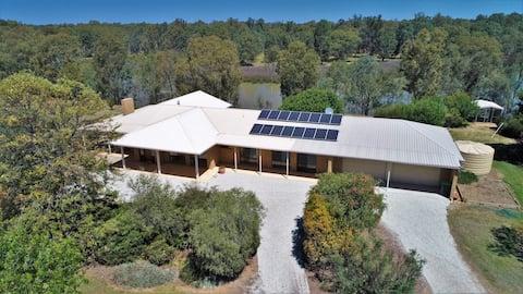 The Sanctuary - Corowa - Murray River Property