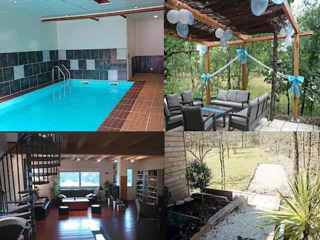 Villa bois, piscine intérieure - Catus - House