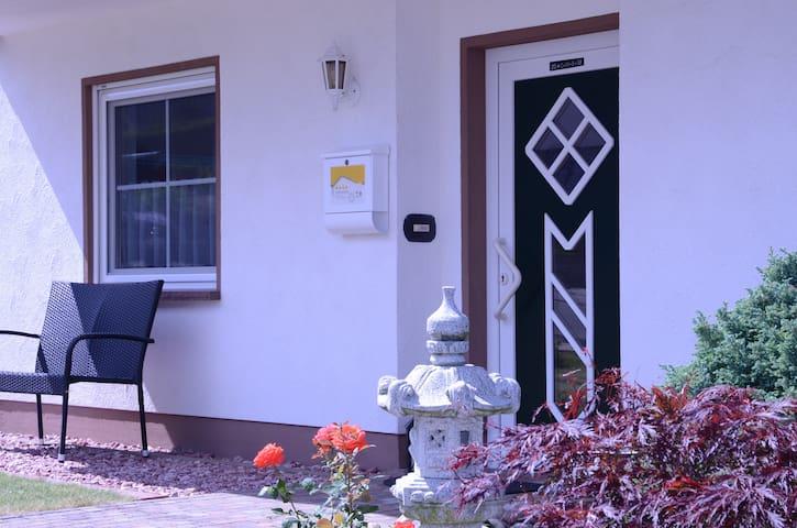 Eingang der Ferienwohnung Hunsrücknst