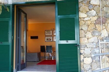 Monolocale con vista mare - La Spezia - Loft