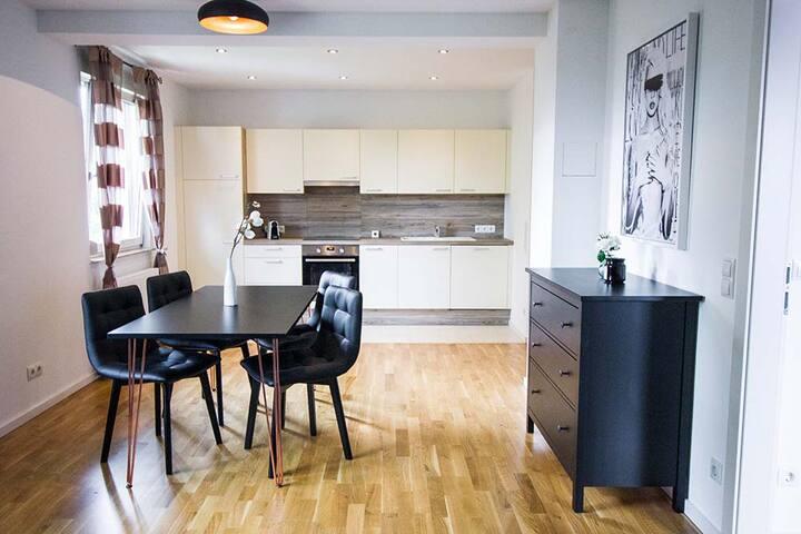DAREBELL Designer Apartment Schlossparkgasse