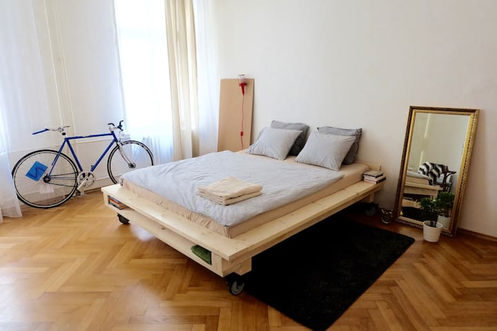 City apartment - Brno - Pis