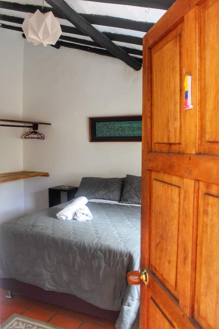 Habitacion doble en el centro de Villa de Leyva