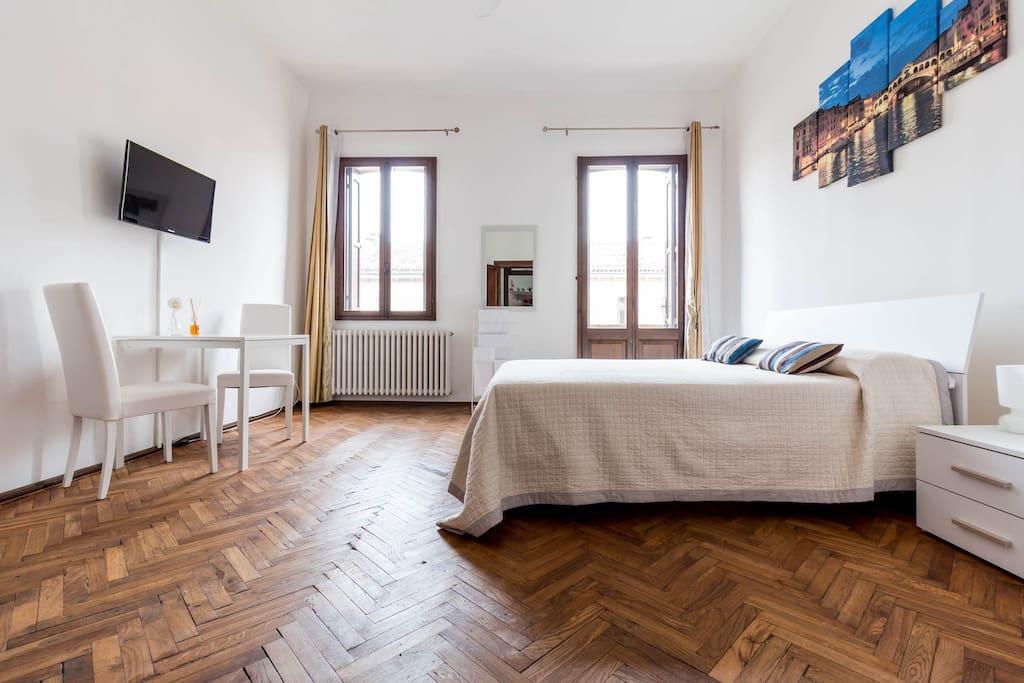 B b venezia mestre oro monica chambres d 39 h tes louer for Chambre d hote italie