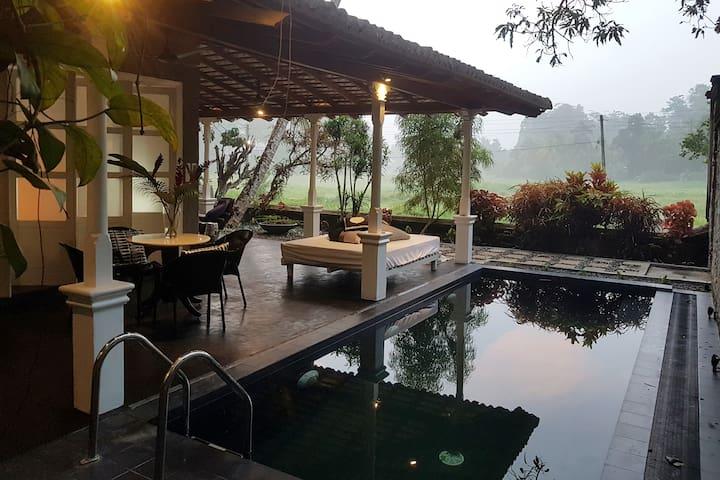 9Provinces Gatehouse Designer Villa, Pilana, Galle