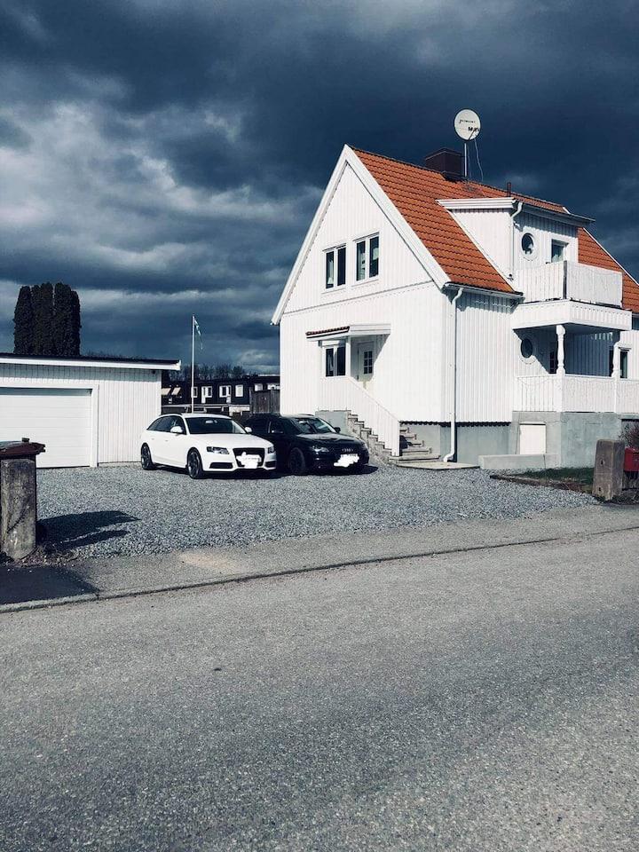 Charmig villa i Västerås, 3km till centrum/hamnen