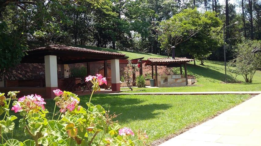 Chácara para familias próximo de Porto Feliz - Porto Feliz - Cabin