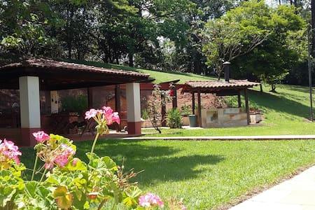 Chácara para familias próximo de Porto Feliz - Porto Feliz