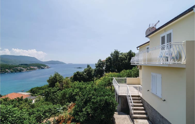 Holiday apartment with 1 bedroom on 40 m² CDD522
