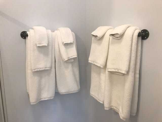 Can you beat the fluffiest white towels?