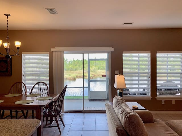 Beautifully updated 2/2. Flash Sale~$30 off Cleaning fee for bookings made after 12/9/19 with a departure date in Nov, Dec, Jan, Feb. Book Now! Romar Lakes 104B