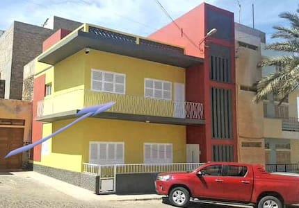 Apartamento T3 Mobilado em Mindelo