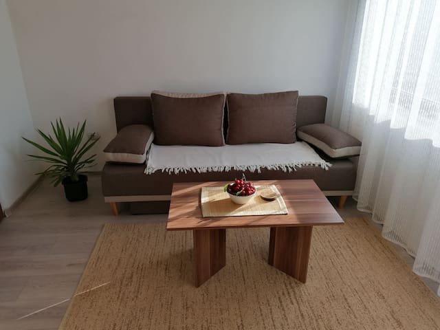 Cherry Tree apartment