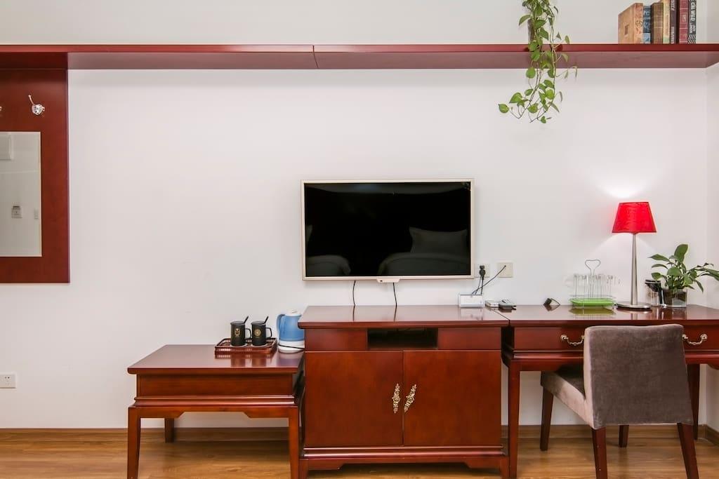 Wood Furniture   实木家具