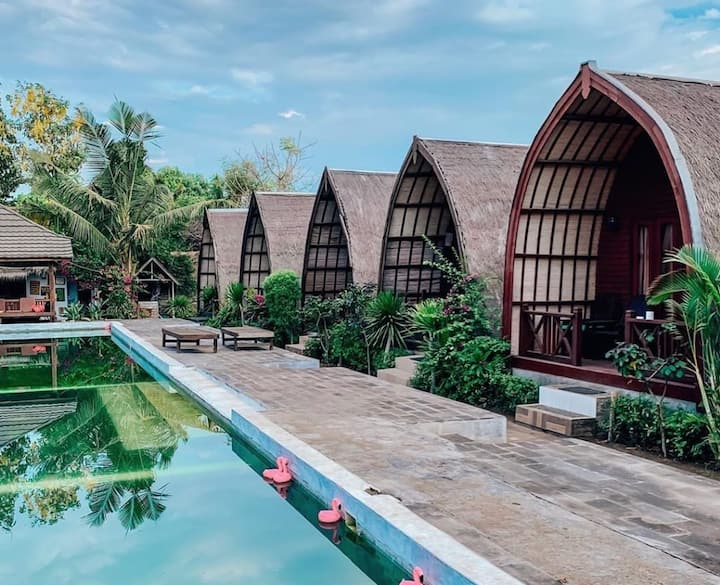 Awesome Bungalow Villa Gili 3 Bedrooms
