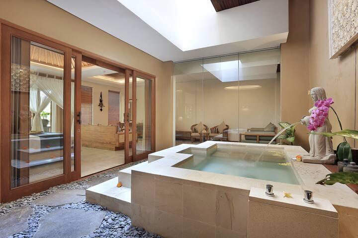 Suite Room Spa Bath in Ubud #hideaway #unique