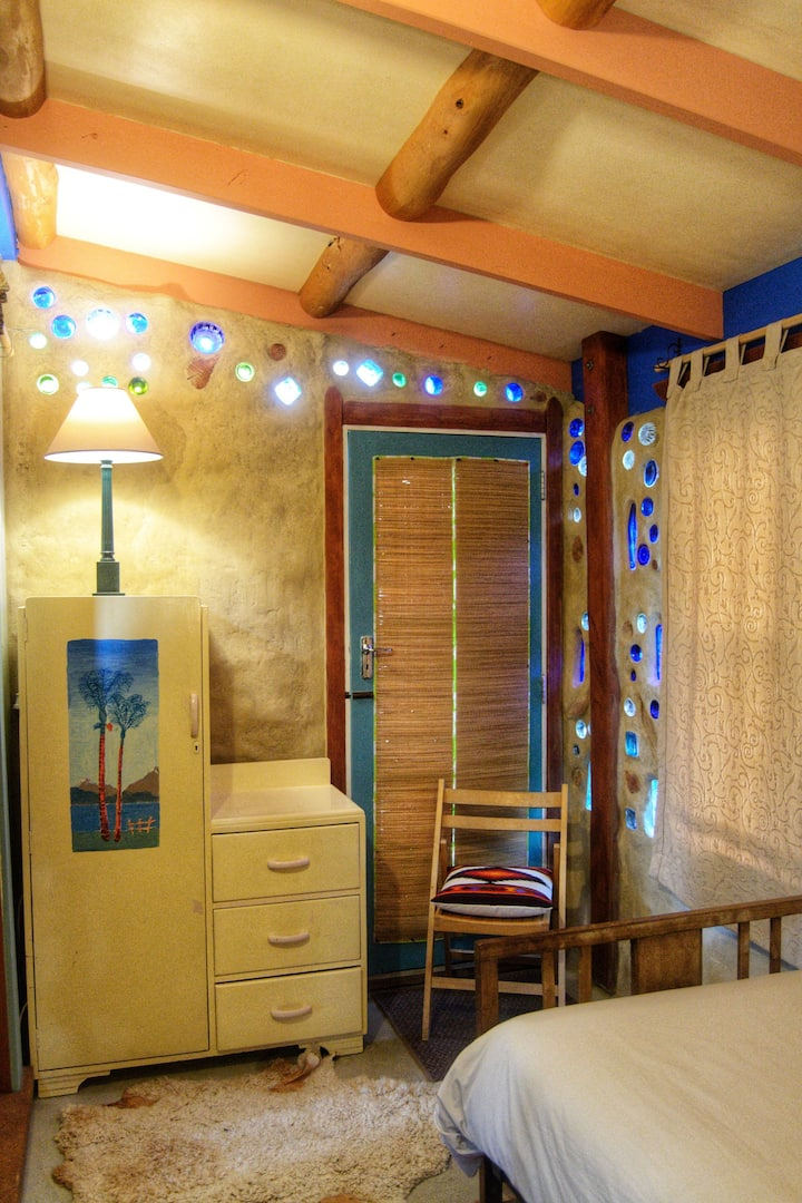 Cosy eco-room near native Forest