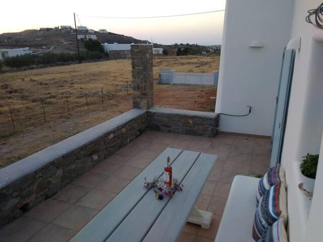 Ήσυχο μοναχικό σπίτι με θέα