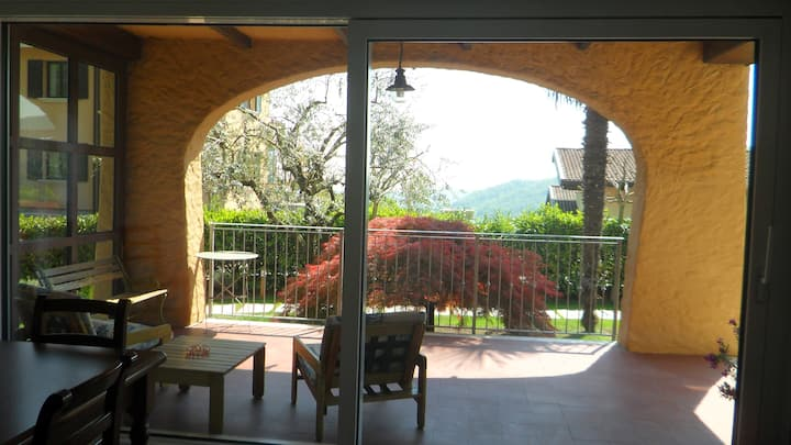 Sunny apartment close to Salò (Lake Garda)